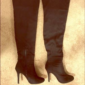 Tall Black High Heeled Boots